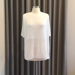 🔹SANDRO  Oversized Pleated Top in White